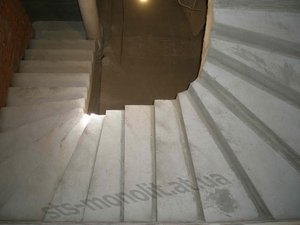 Лестницы П-образные с забежными ступенями - Полтава